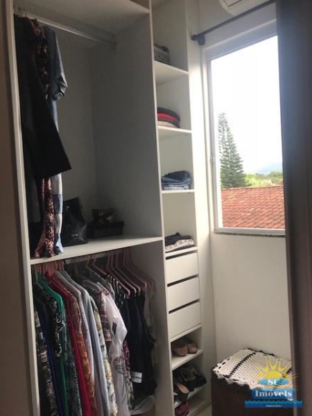 17. Closet âng. 1