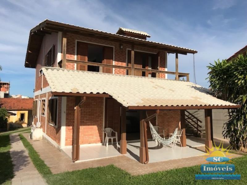 Casa-Codigo-14015-a-Venda-no-bairro-Ingleses-na-cidade-de-Florianópolis