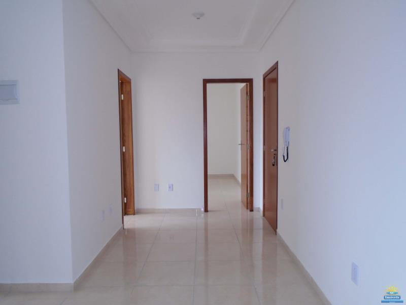 2. Entrada e sala