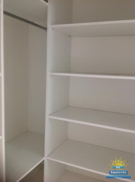 17. Suíte II ang.3 - Closet