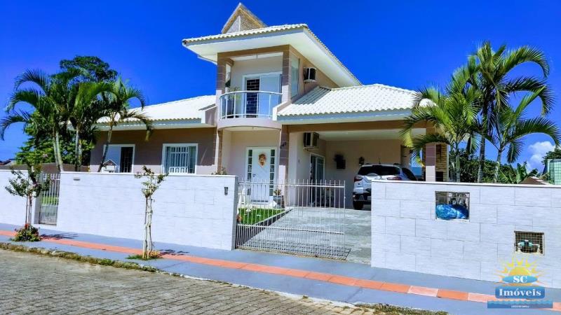 Casa Código 14083 a Venda no bairro Campeche na cidade de Florianópolis