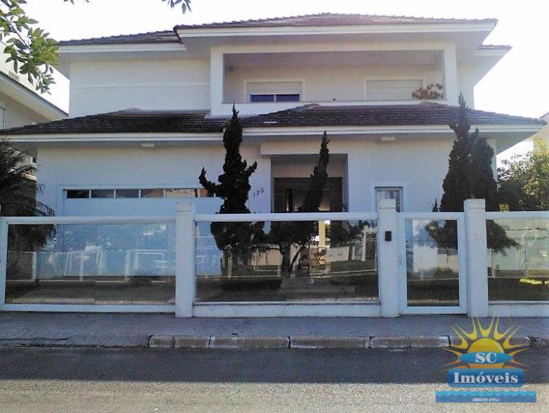Casa-Codigo-14120-a-Venda-no-bairro-Ingleses-na-cidade-de-Florianópolis