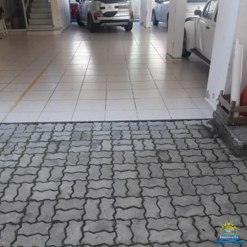 15. Garagem