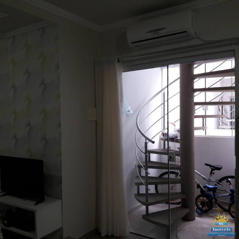 5. Escada andar superior