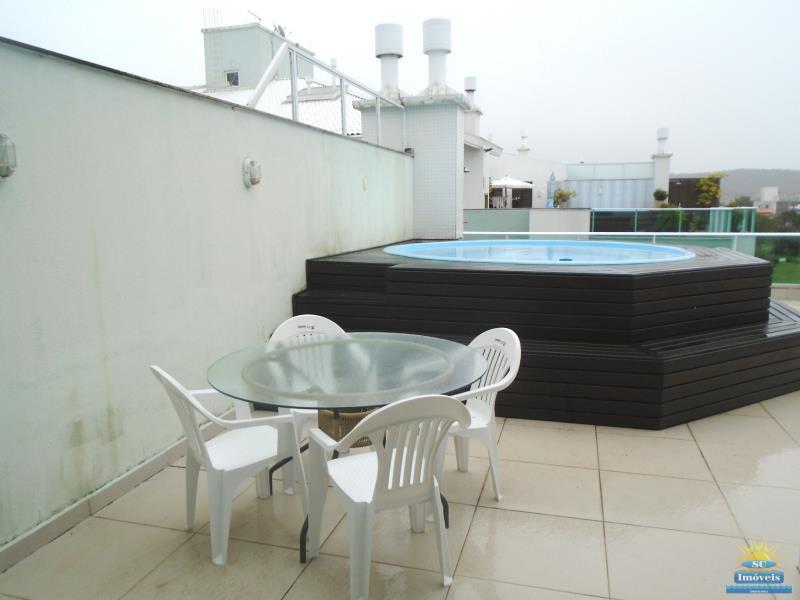 23. Terraço piscina/churrasq. âng. 1