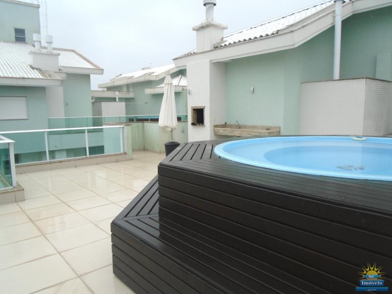 25. Terraço piscina/churrasq. âng. 3