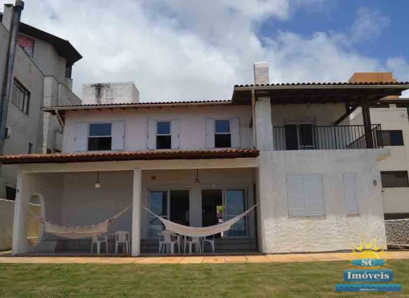 Casa-Codigo-14337-a-Venda-no-bairro-Ingleses-na-cidade-de-Florianópolis