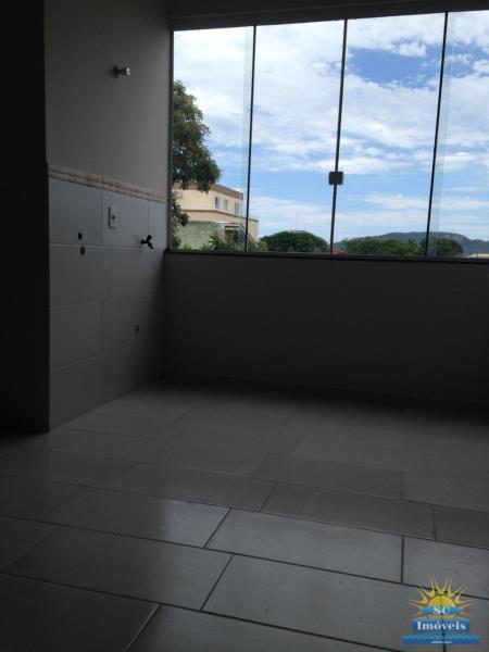 7. janela cozinha e área de serviço