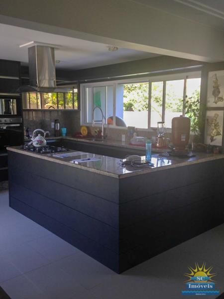 14. Cozinha casa principal âng. 1