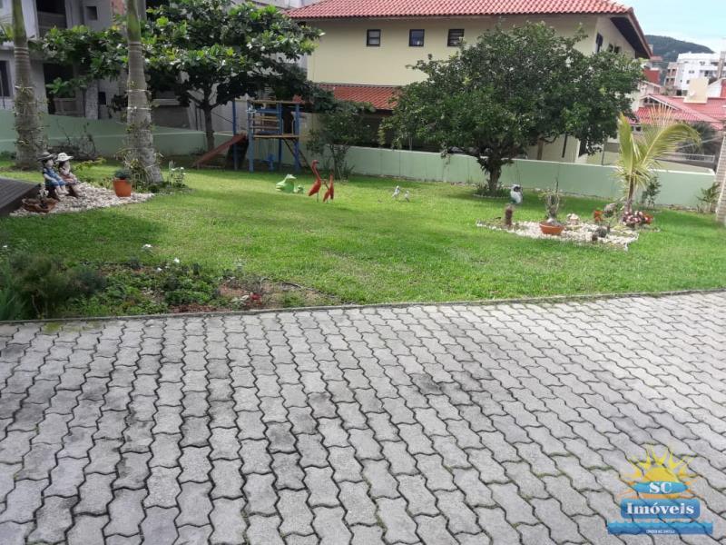 28. Jardim