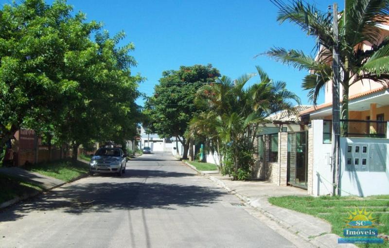11. rua de acesso ao condominio