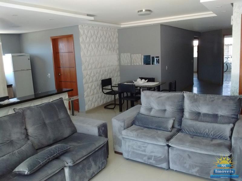2. Sala de estar âng. 1