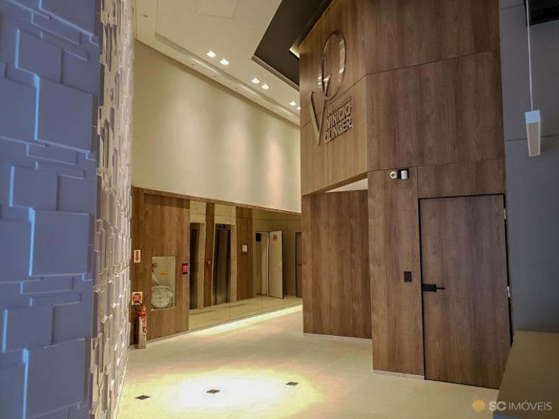 10. Hall de entrada âng. 1
