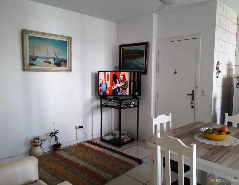 5. Linving TV e jantar