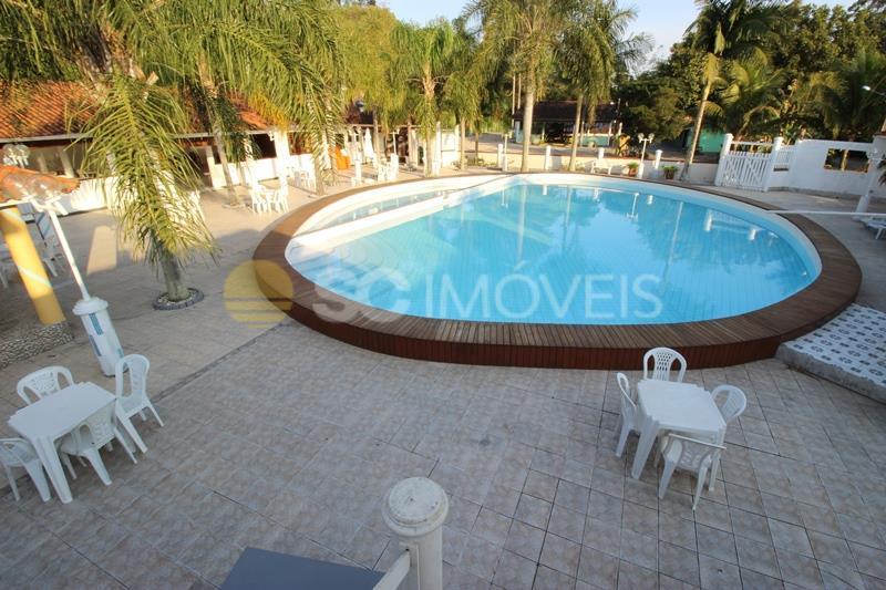 54. piscina para eventos