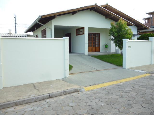 Casa-Codigo-6889-a-Venda-no-bairro-Ingleses-na-cidade-de-Florianópolis