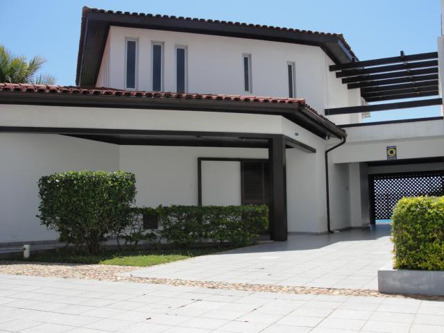 Casa Código 1302 para alugar em temporada no bairro Ingleses na cidade de Florianópolis