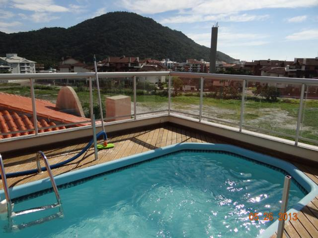 11. piscina