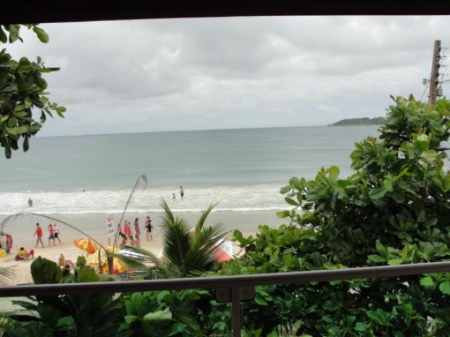 24. vista da sacada para praia