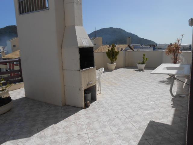 33. Churrasqueira no terraço de uso comum