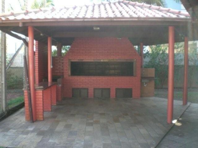 27. Área de lazer churrasqueira