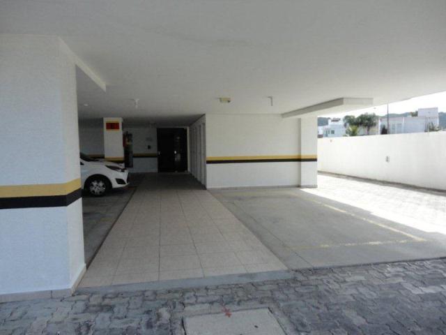 19. Acesso ao hall de entrada