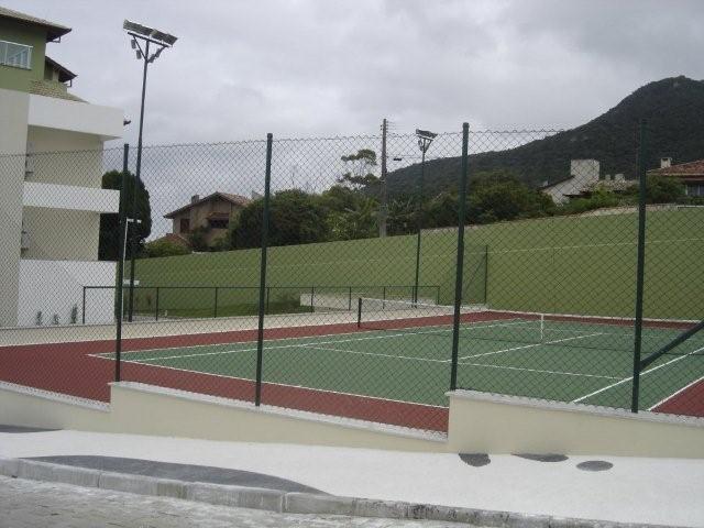 30. Quadra de Tênis