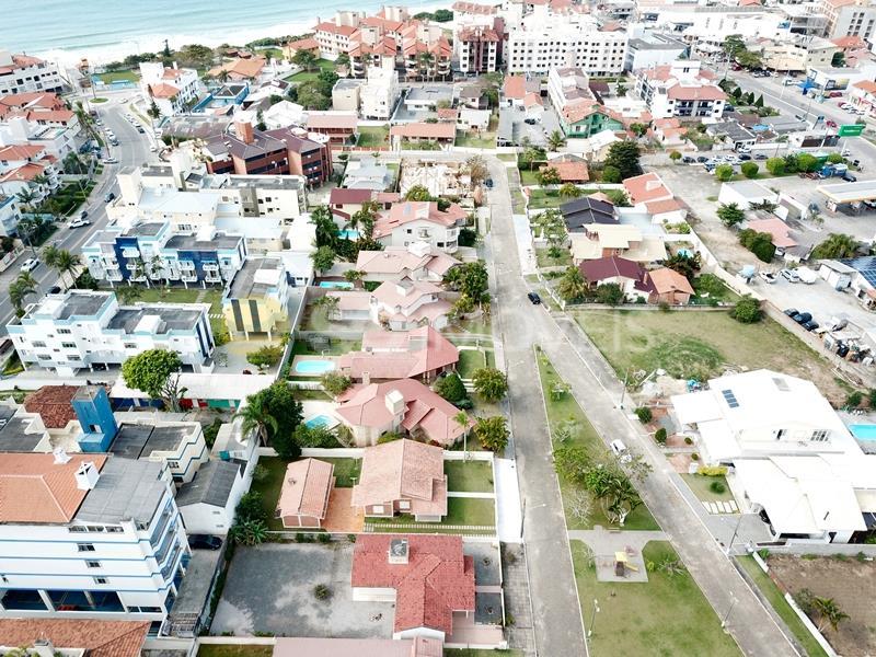 Casa Código 14821 para alugar em temporada no bairro Ingleses na cidade de Florianópolis