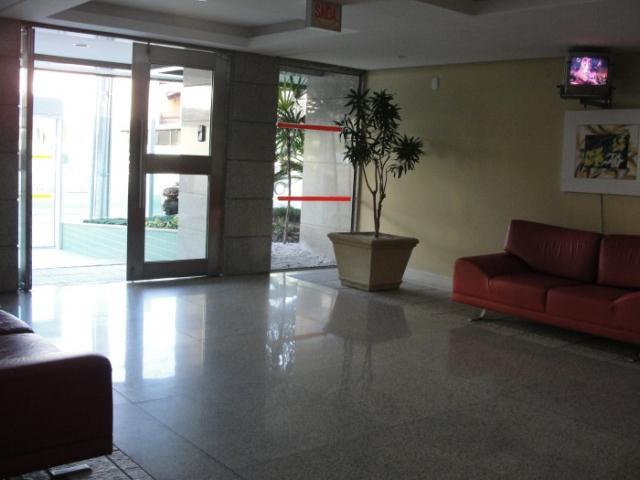 16. Hall de entrada ang.2
