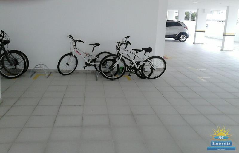 19. Bicicletário