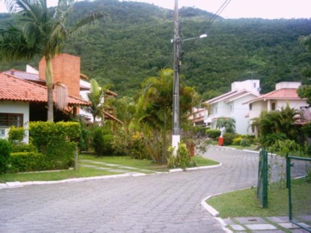 46. rua interna do condomínio