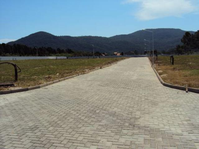 vias internas pavimentadas