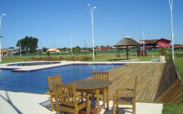 9. área das piscinas