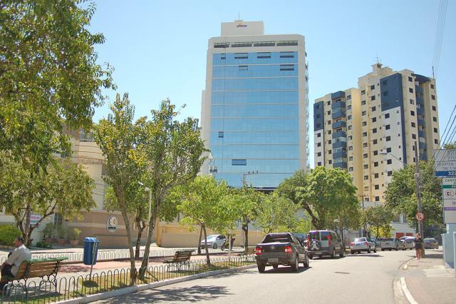 Sala-Codigo-10922-a-Venda-no-bairro-Centro-na-cidade-de-Florianópolis
