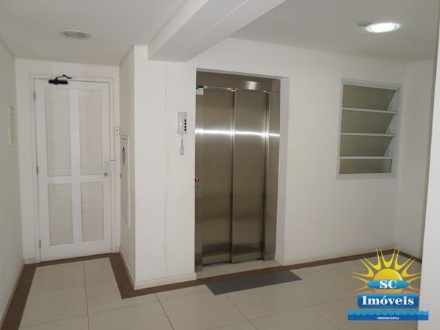 17. Hall do elevador