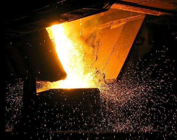 Canadá necesita urgente soldadores carpinteros