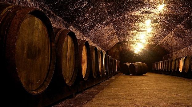 Vouvray cellar vinous