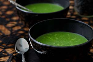 Witches' Brew {Cheesy Spinach} Soup