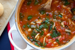 Tomato Cannellini Bean Soup