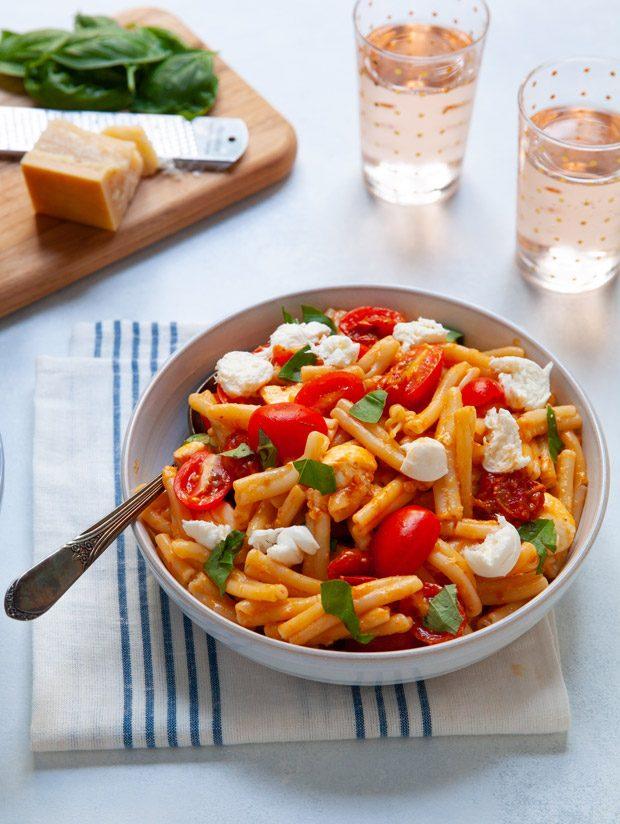 Tomato Mozzarella Pasta with Fresh Basil