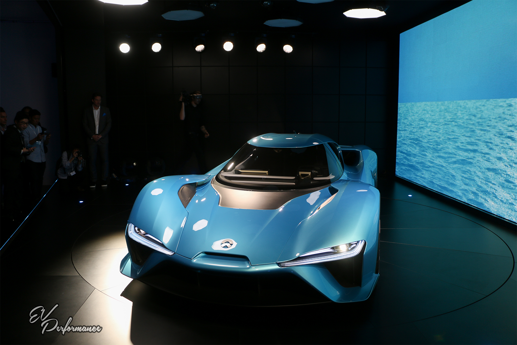 Meet The World S Fastest Electric Car Nio From Nextev Ev