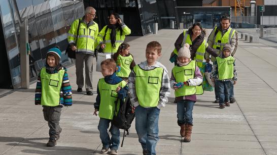 Kindergeburtstag im flughafen zürich ausflugstipp für kinder in