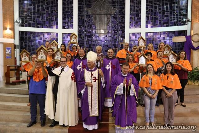 Em Bauru – SP, no Santuário e Paróquia Universitária Sagrado Coração de Jesus, encerramento de Semana Missionária Mariana