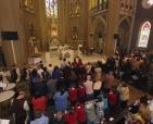 cerimonia-da-primeiro-sabado-na-catedral-de-curitiba-com-participacao-dos-arautos-do-evangelho-da-casa-divina-providencia-14