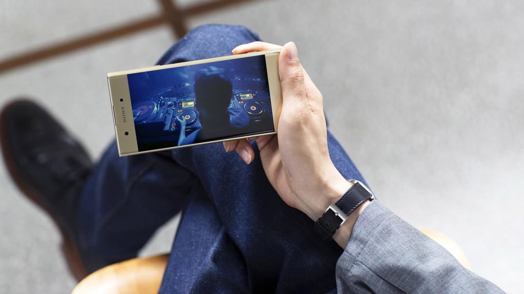 Sony lanzó dos smartphones pequeños y poderosos