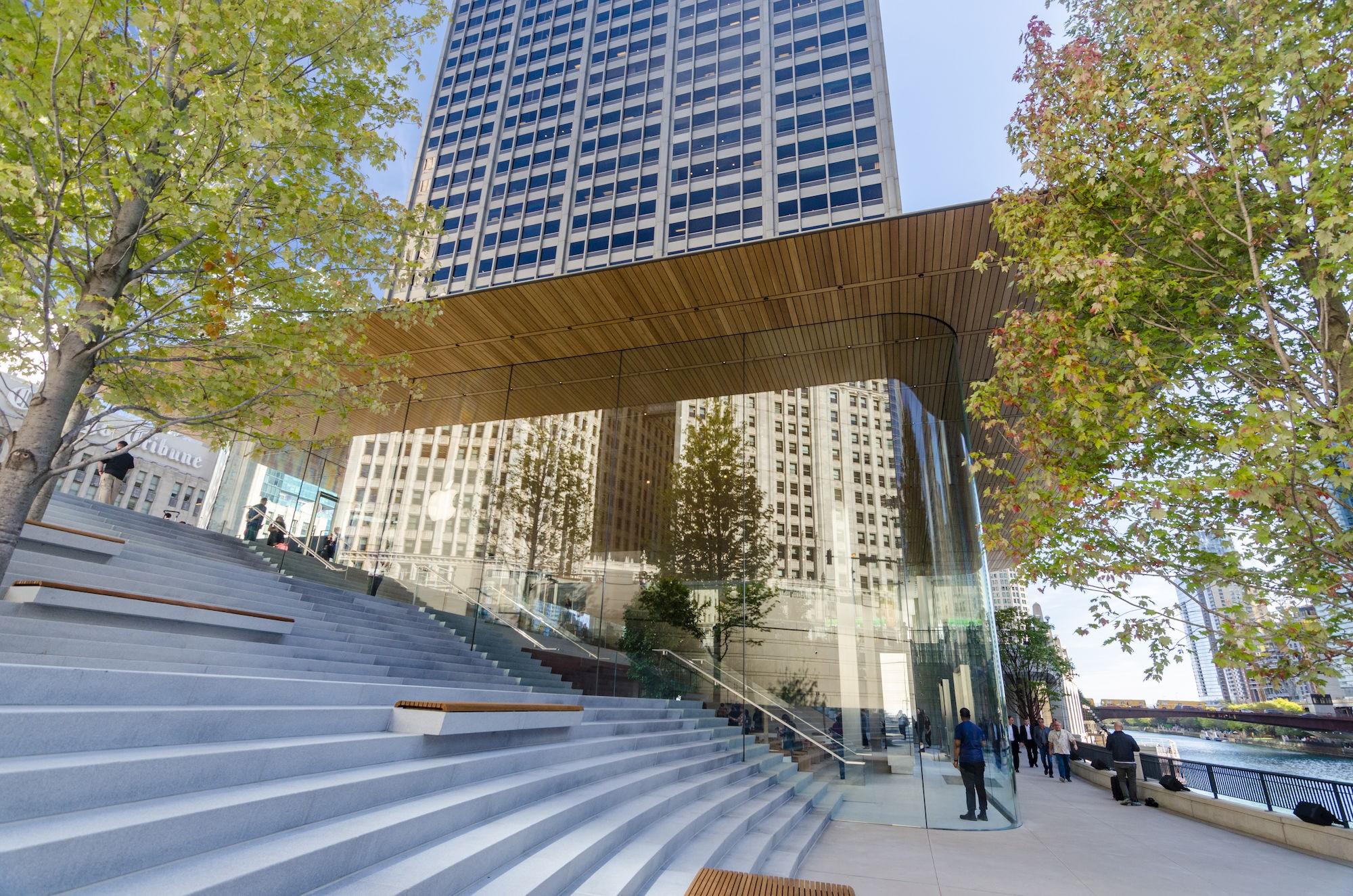 Apple Michigan Avenue Buildings Of Chicago Chicago Architecture Center Cac