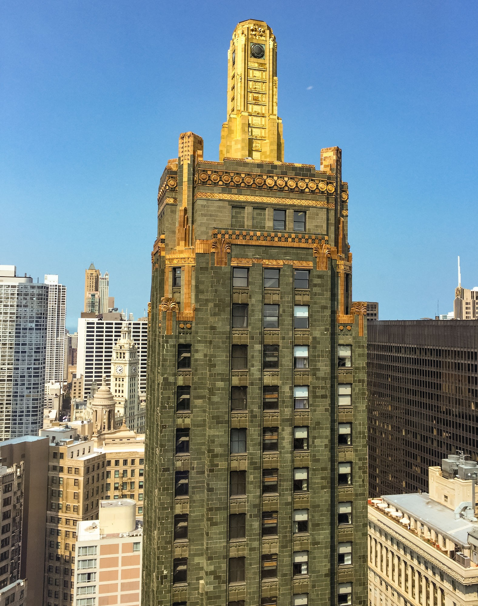 Carbide And Carbon Building & 183 Buildings Of Chicago