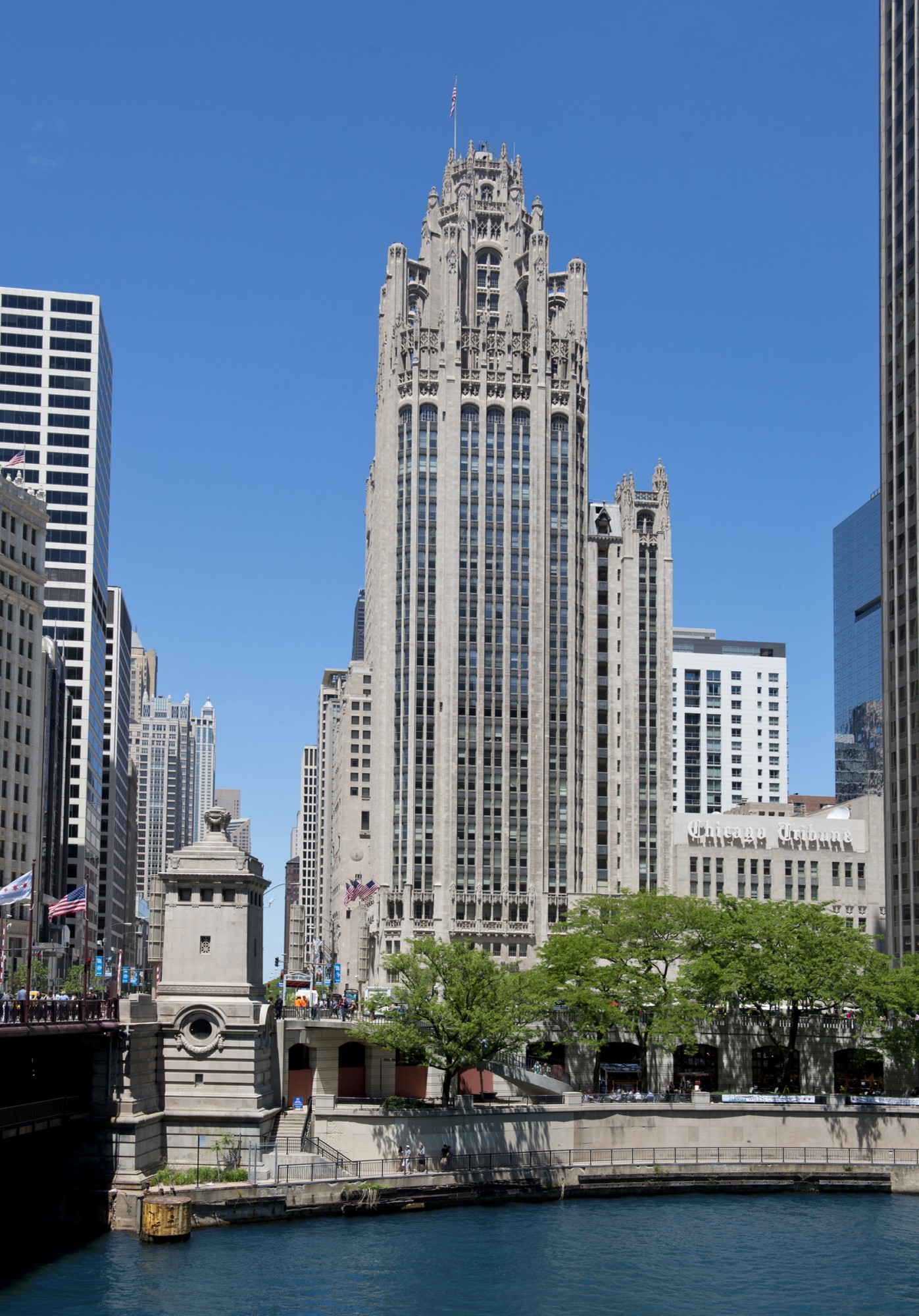 Tribune tower buildings of chicago chicago for Building builder online