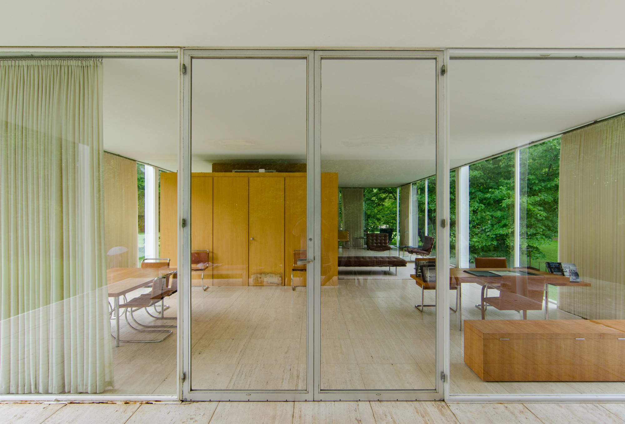 Farnsworth House · Buildings of Chicago · Chicago Architecture ...