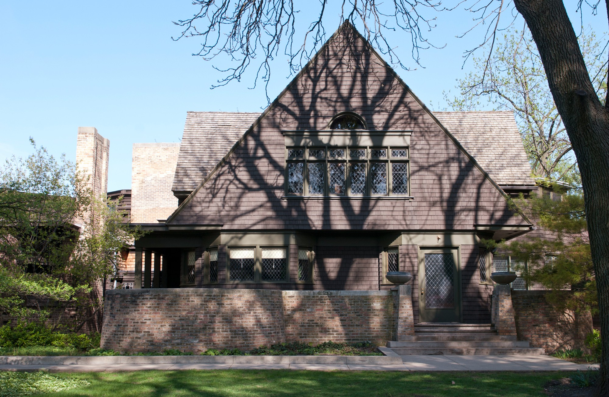 Frank Lloyd Wright Home & Studio · Buildings of Chicago ...